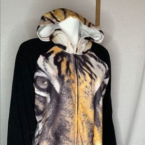 The humane society of Canada XL Tiger Pajama Hood